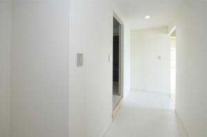 シティマンション国富 リノベーション完成 玄関廊下